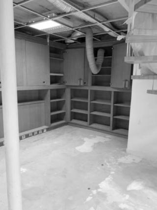 Le-triplex-de-lopera-avant-les-travaux-d'aménagement-par-Mymood-espace-détente-1-1-370x493